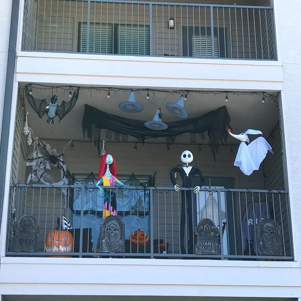 9 Gorgeous Halloween Ideas for Apartment Balcony This year ..