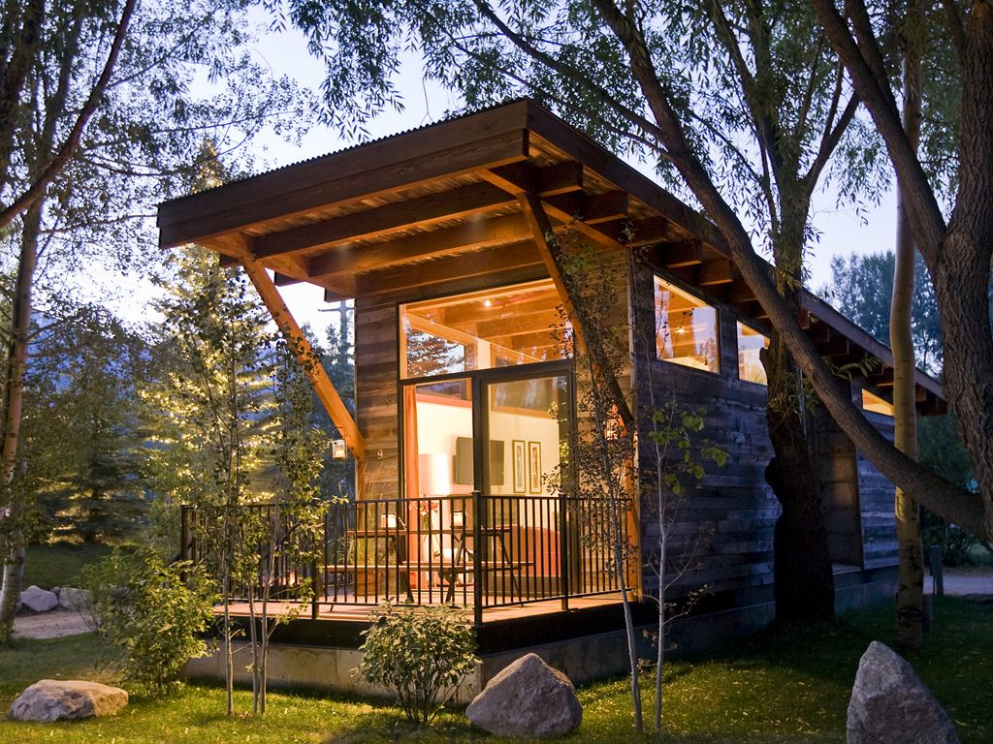 9 of the coolest tiny house vacation rentals around the world ...