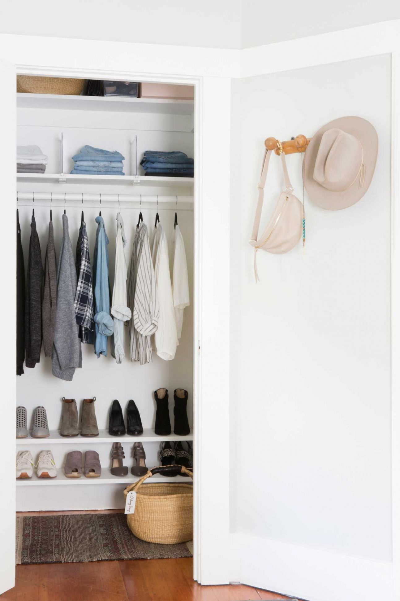 9 Simple Steps to a Streamlined + Stylish Closet | Rue | let's ...