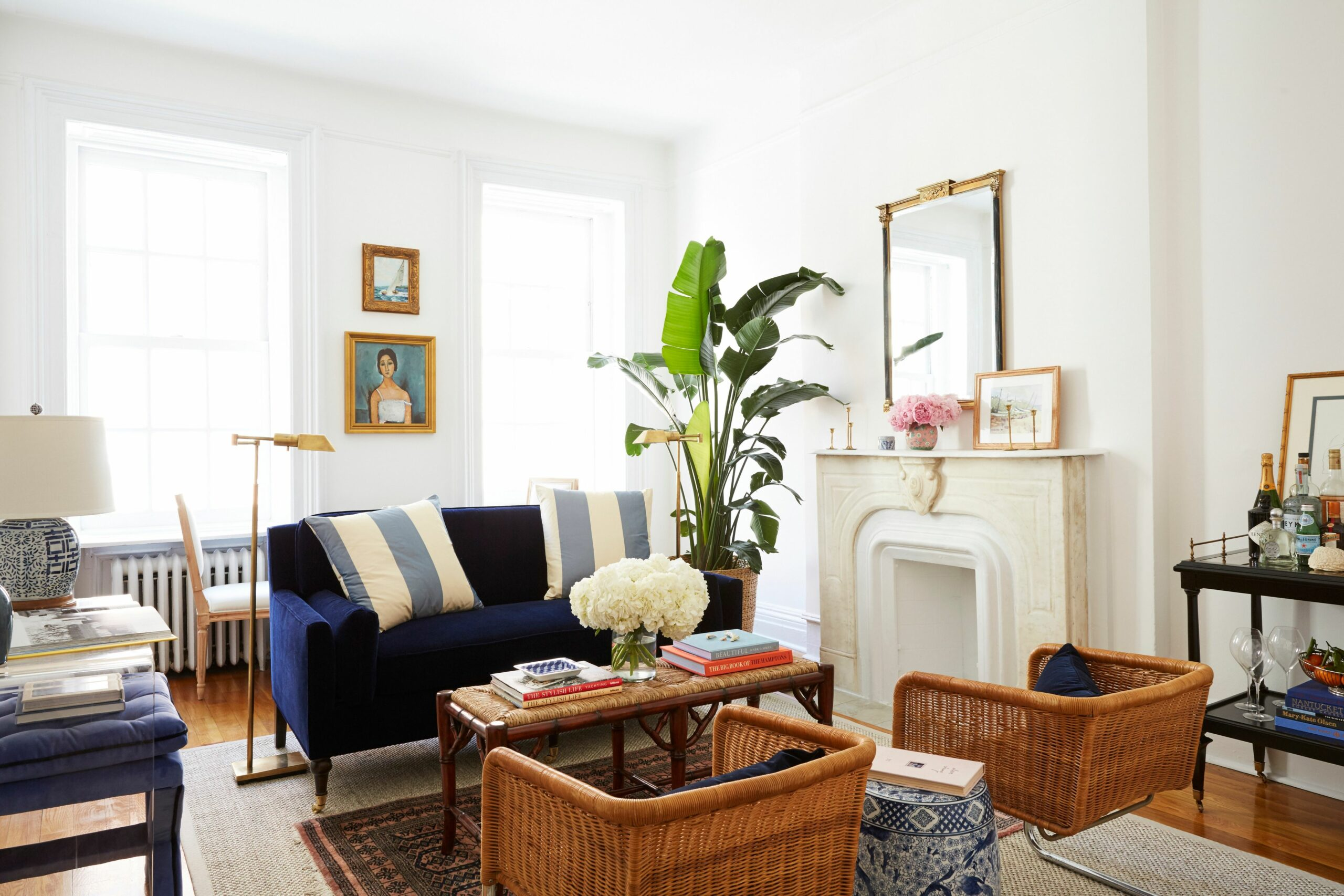 9 Small Living Room Ideas That Will Maximize Your Space ..