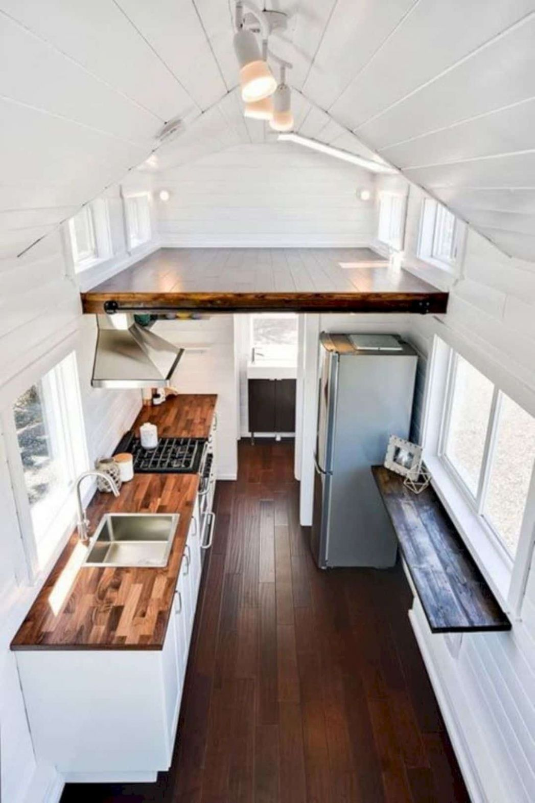 9 Tiny House Interior Design Ideas - tiny house interior ideas