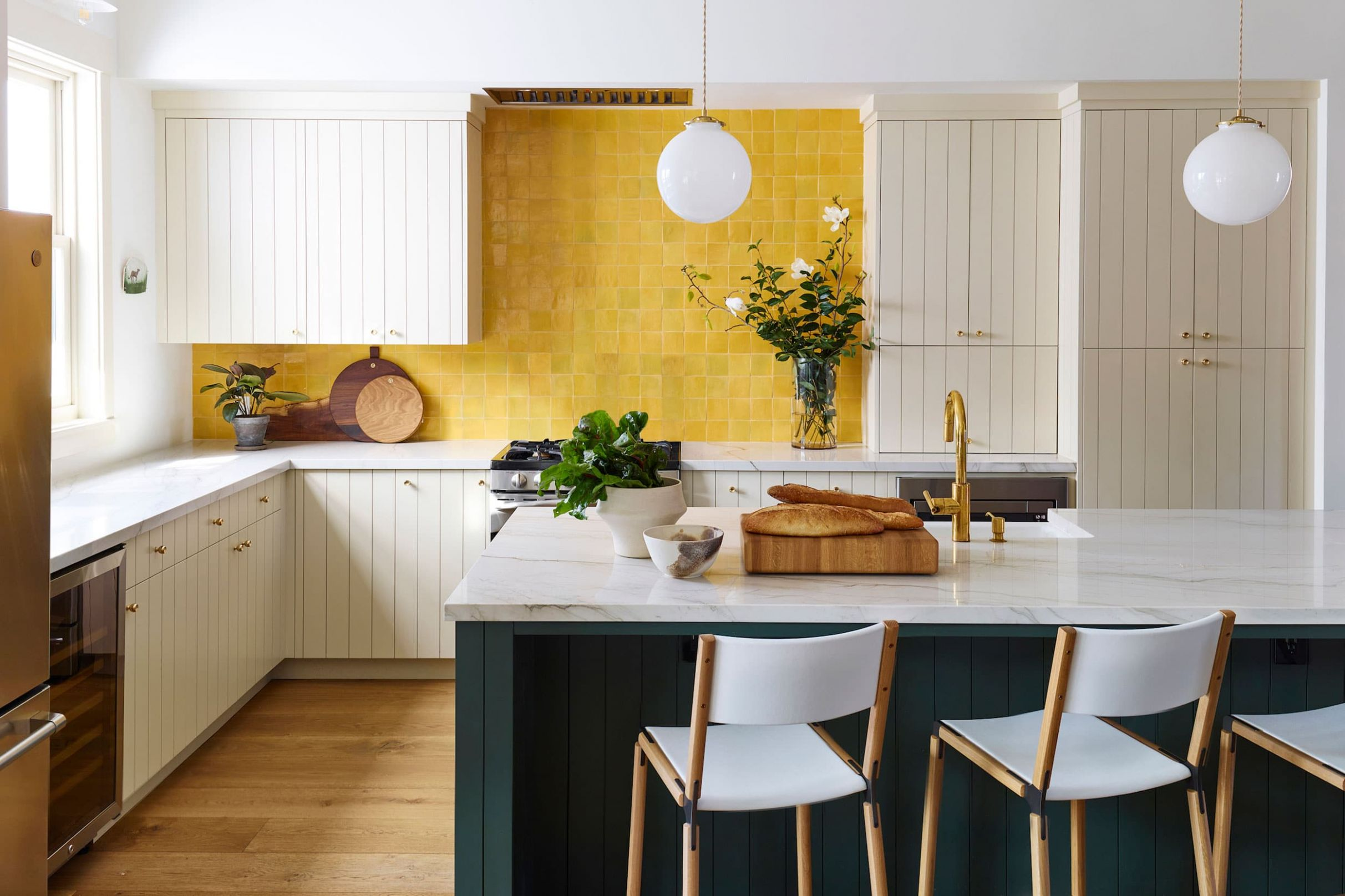 9 Ways That Prove You Should Be Decorating With Yellow - dining room ideas yellow