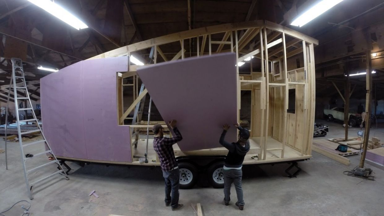 A d.i.y. TINY HOUSE BUILD: IN MOTION [SHED tiny house - 12 min