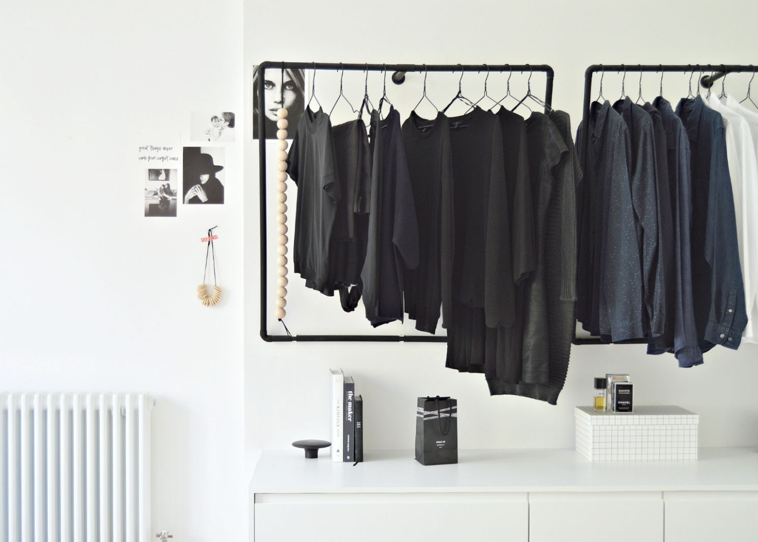 A minimal open wardrobe diy for your bedroom - DIY home decor ...