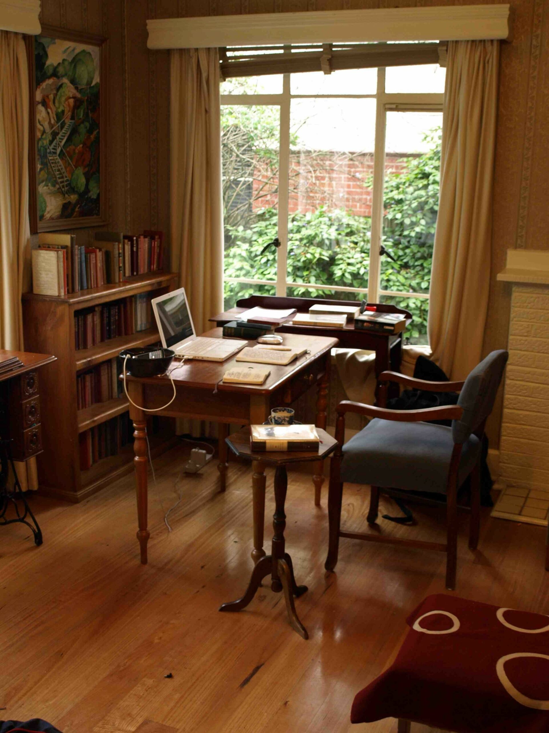 amandaonwriting: A Writer's Room - Damon Young | Home office ...
