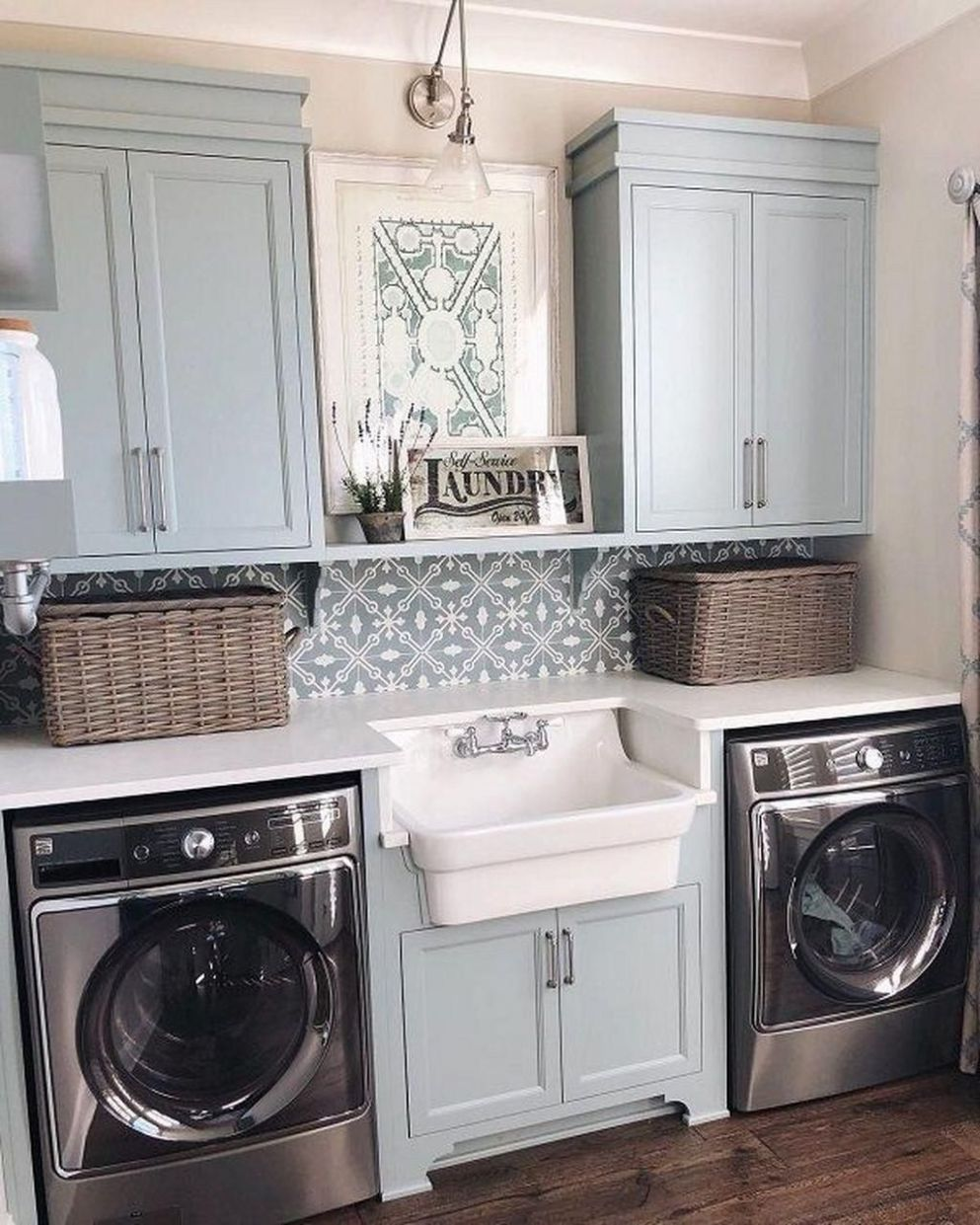 Amazing Farmhouse Laundry Room Decor Ideas 9 ...
