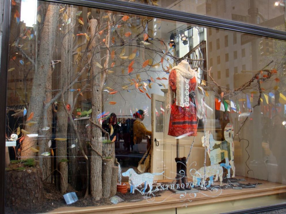 anthropologie display windows | Anthropologie Window Display - a ..
