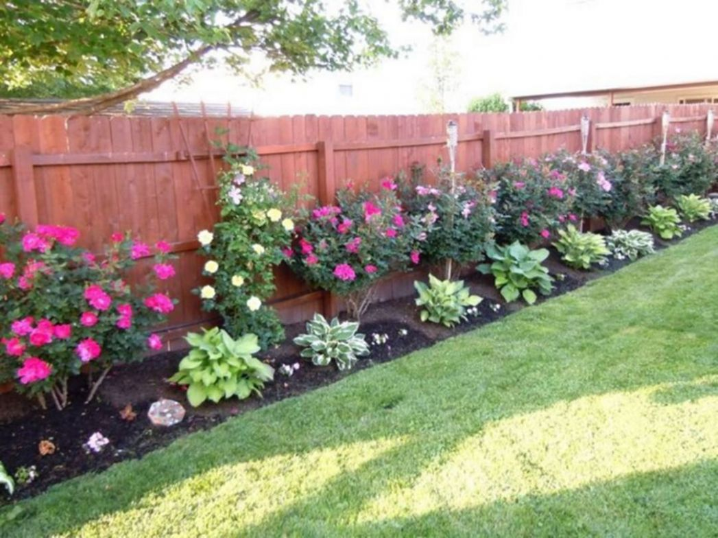 Backyard Privacy Fence Landscaping Ideas On A Budget 9 – GooDSGN ..