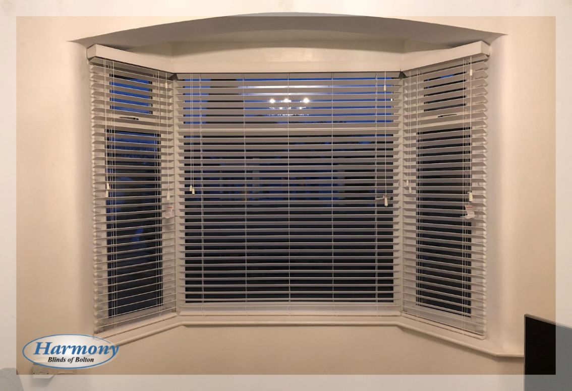 Bay Window Blinds Ideas - Wooden Blinds - window ideas with blinds