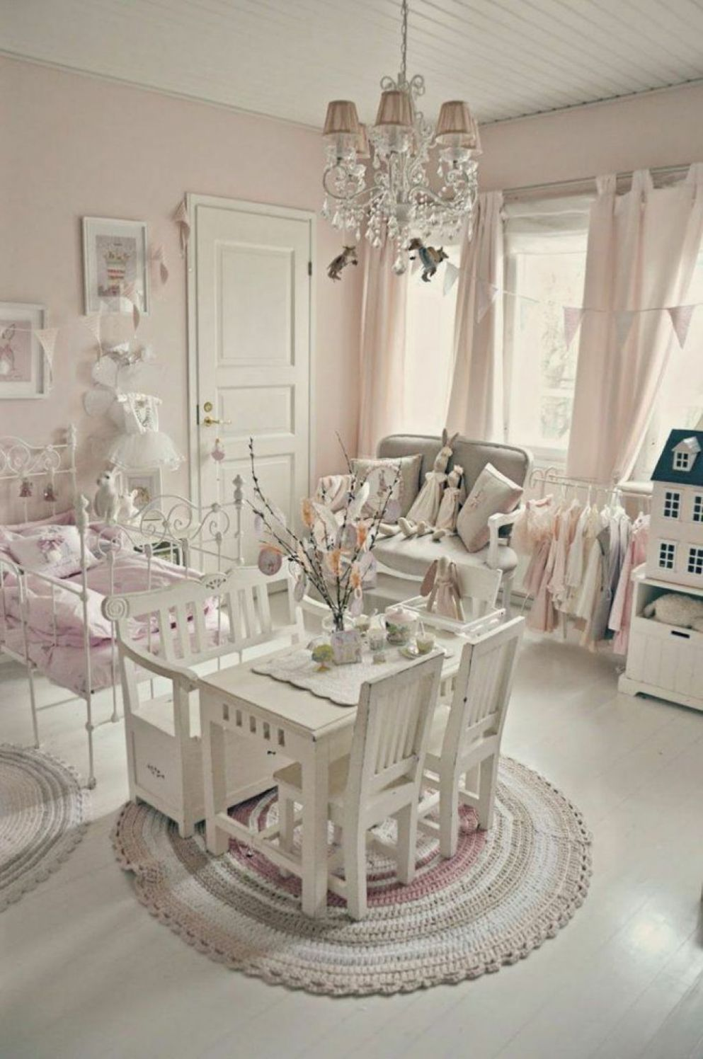Beautiful Shabby Chic Wall Colors | Shabby chic bedrooms, Shabby ...