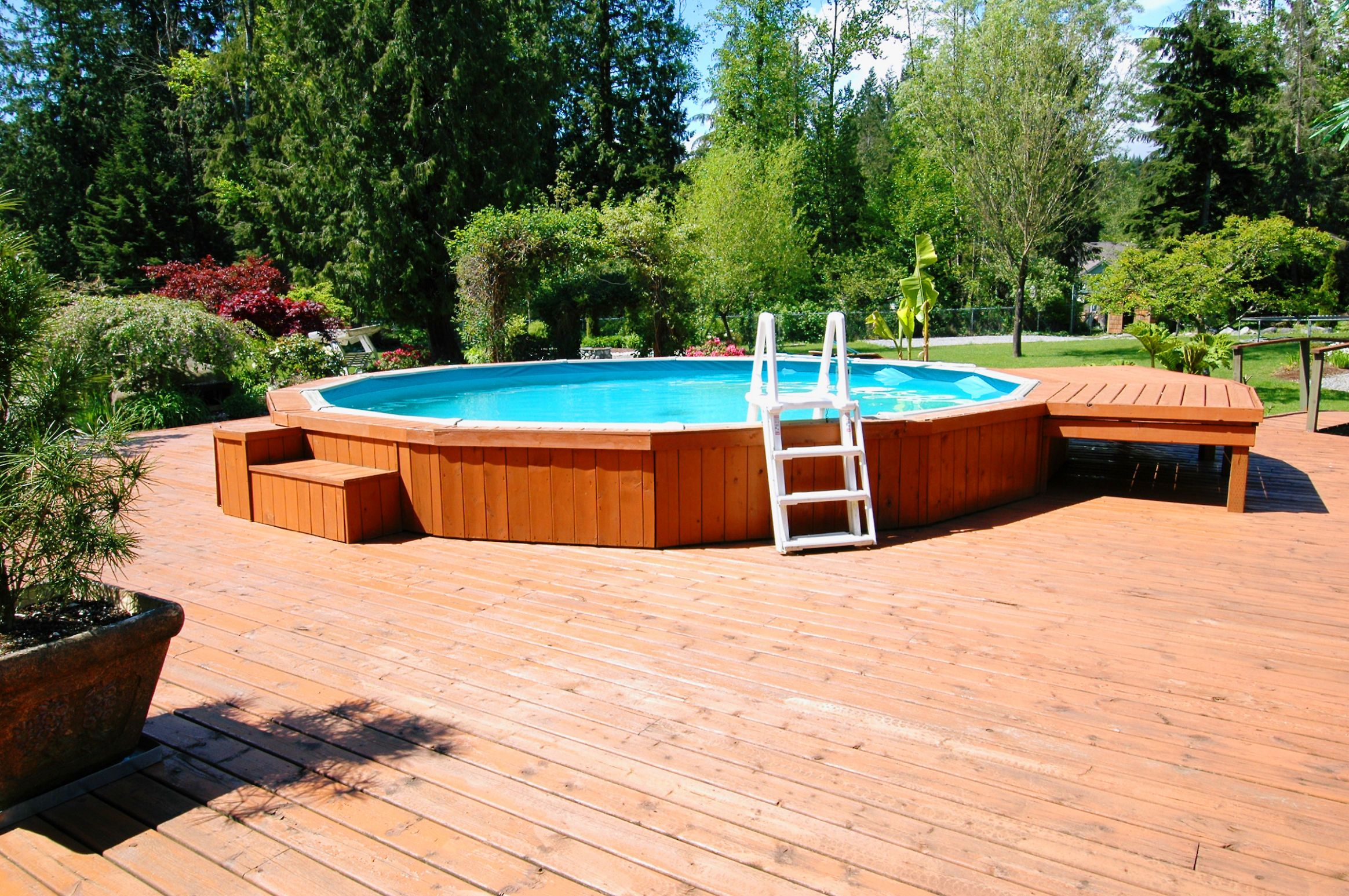 Beauty on a Budget: Above Ground Pool Ideas | Freshome