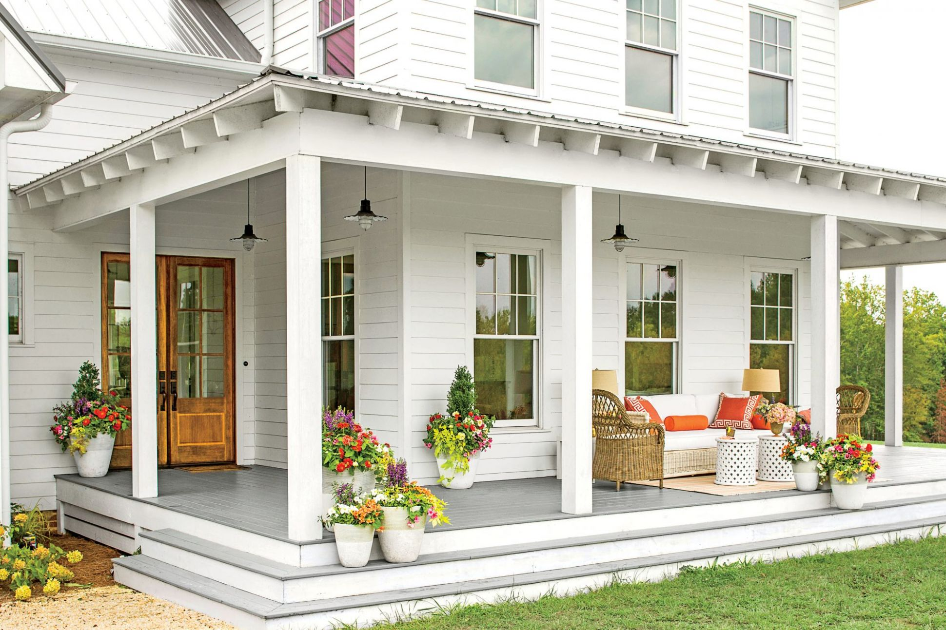 Before-and-After Porch Makeovers That You Need to See to Believe ..