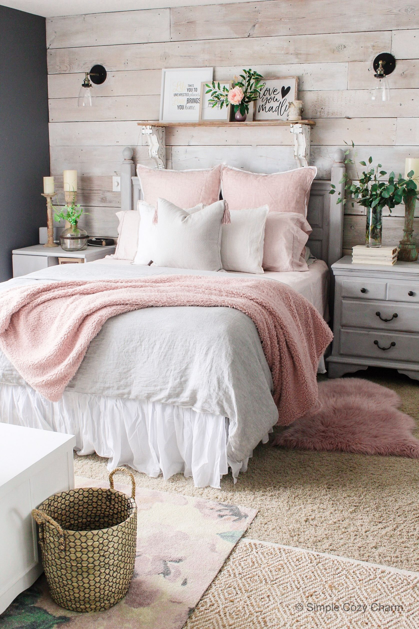 Charming But Cheap Bedroom Decorating Ideas • The Budget Decorator - bedroom ideas easy