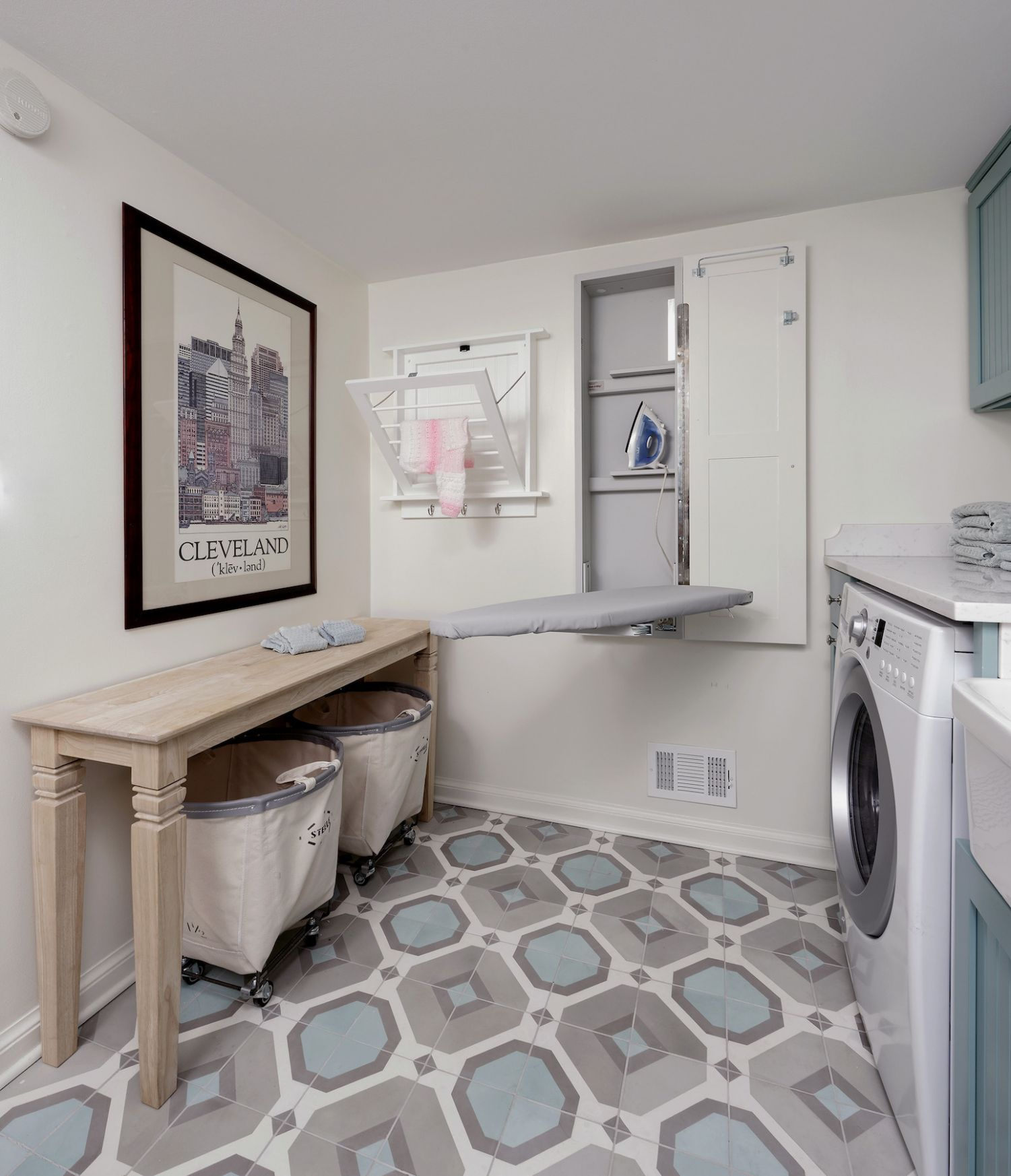 Clever Organizing Ideas to Steal From This Incredible Laundry Room ...