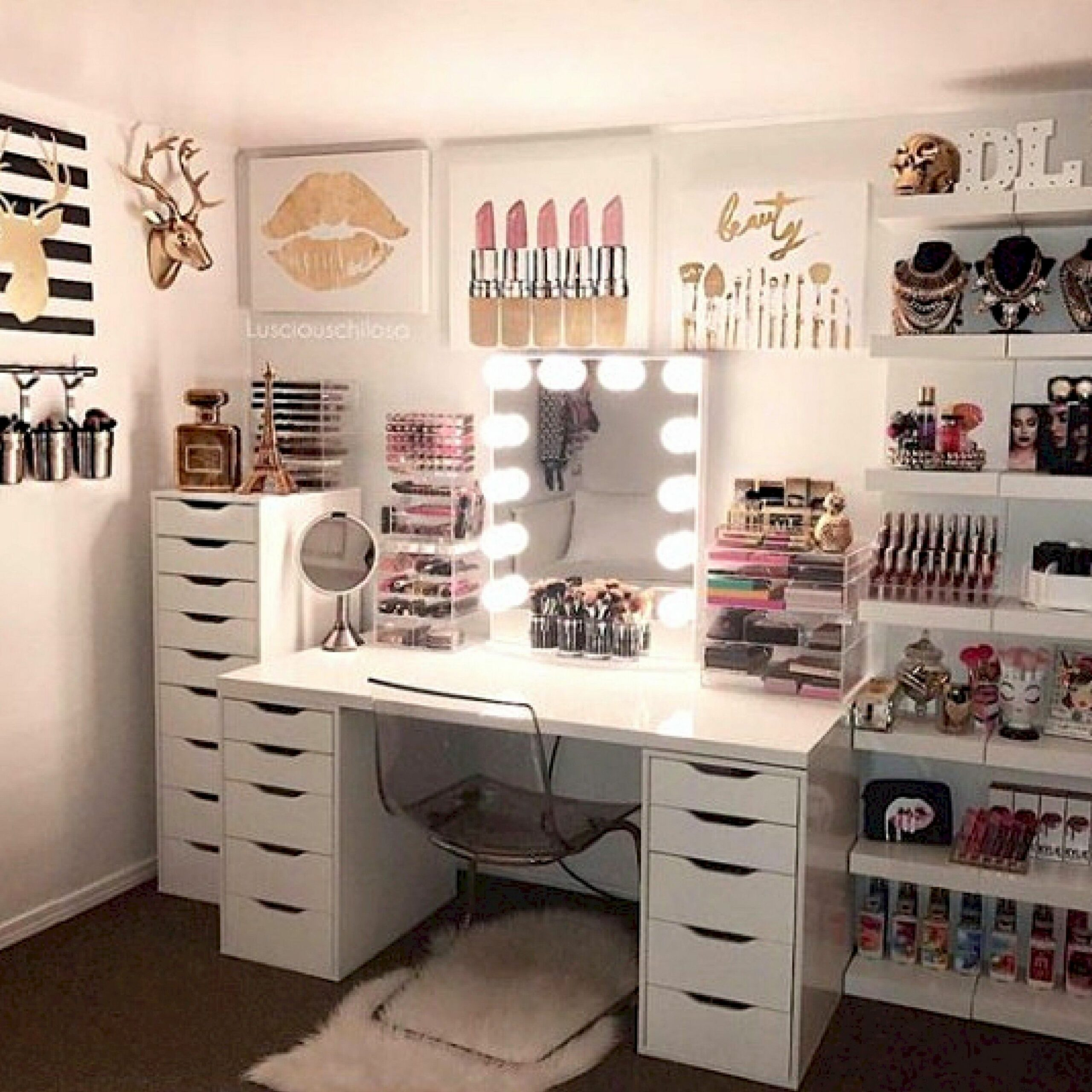 CLICK TO DOWNLOAD Your Beauty Room & Makeup Collection Checklist ..