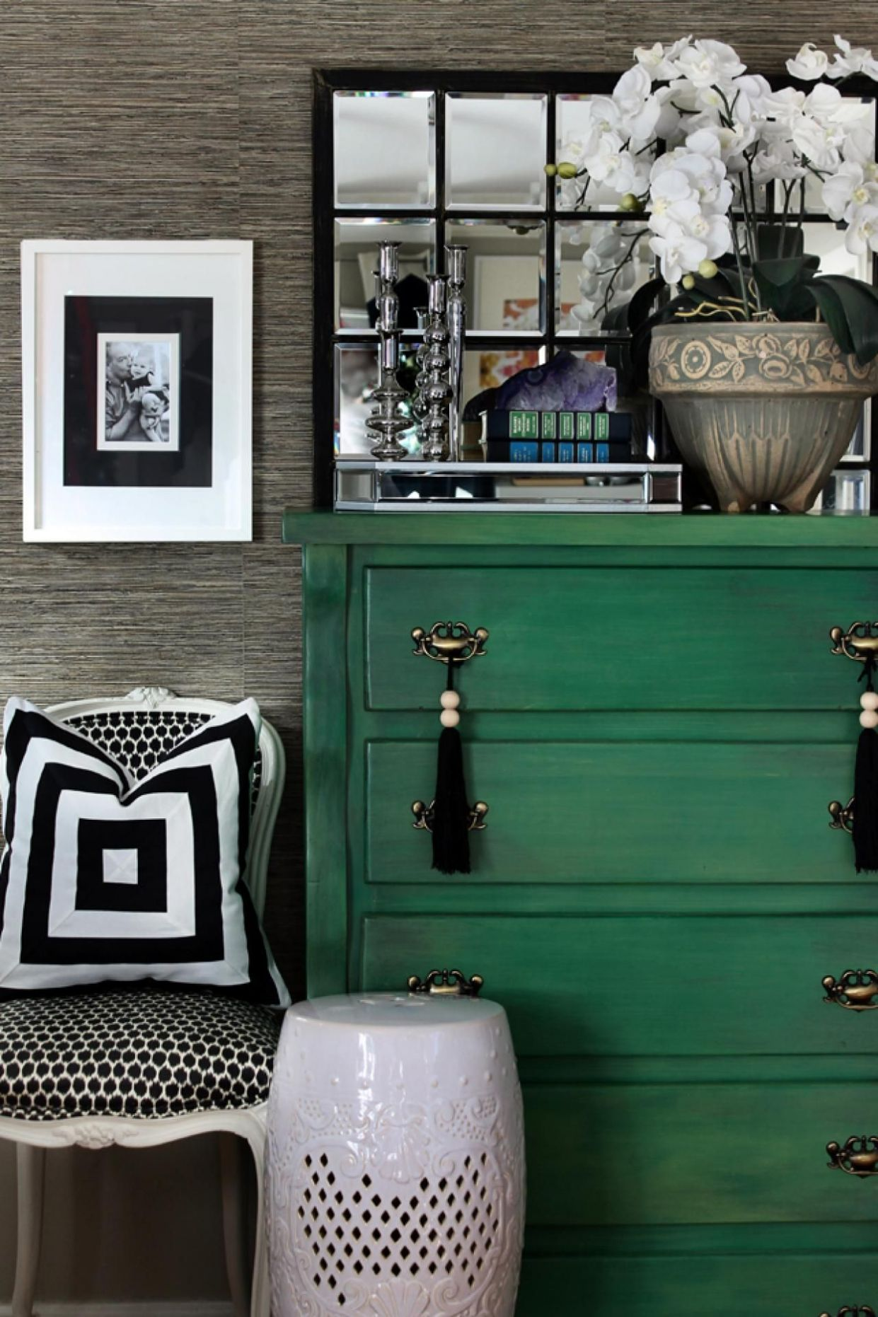 Color Trend - Emerald Green - Home Design | Green painted ..