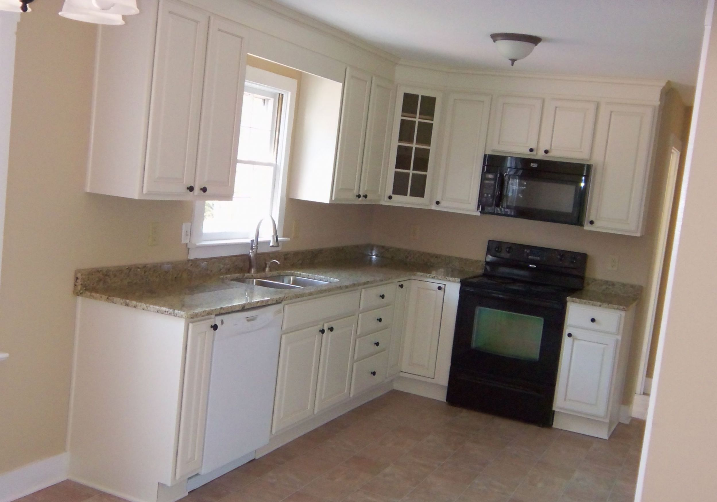Construct Small L Shaped Kitchen Designs Layouts label Kitchen ..