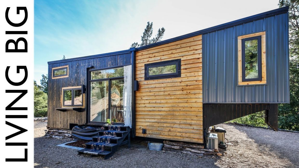 Couple Build Luxury Tiny House To Travel The World | Living Big In ...