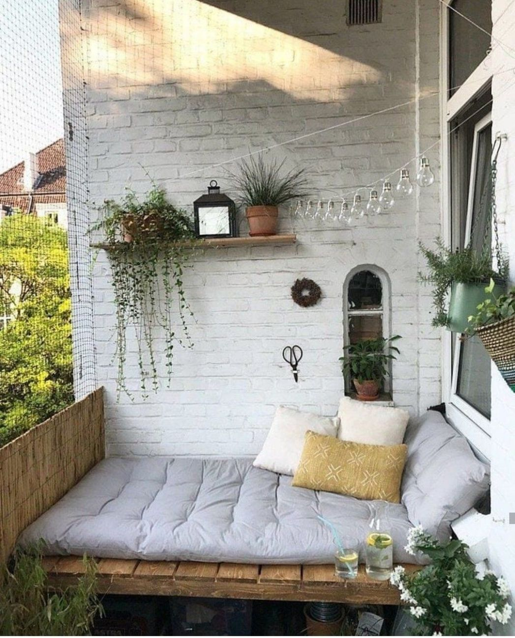 Cozy garden or porch nook for sitting and relaxing | Apartment ..