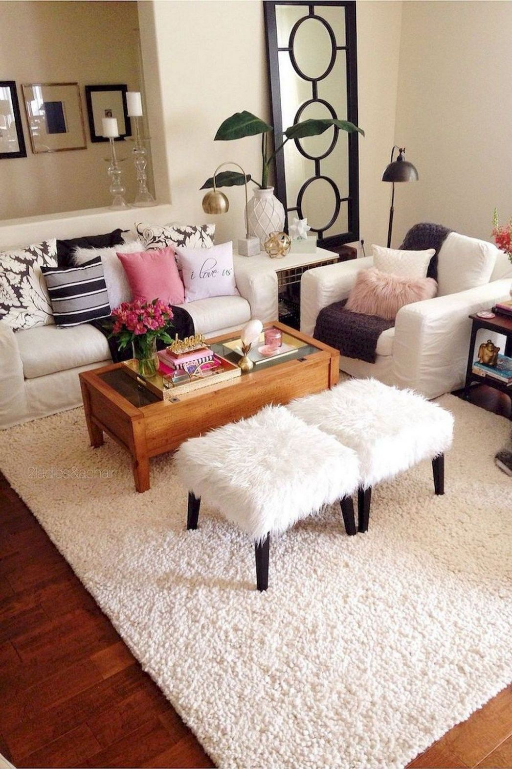 Cozy Small Apartment Decorating Ideas On A Budget | First ..
