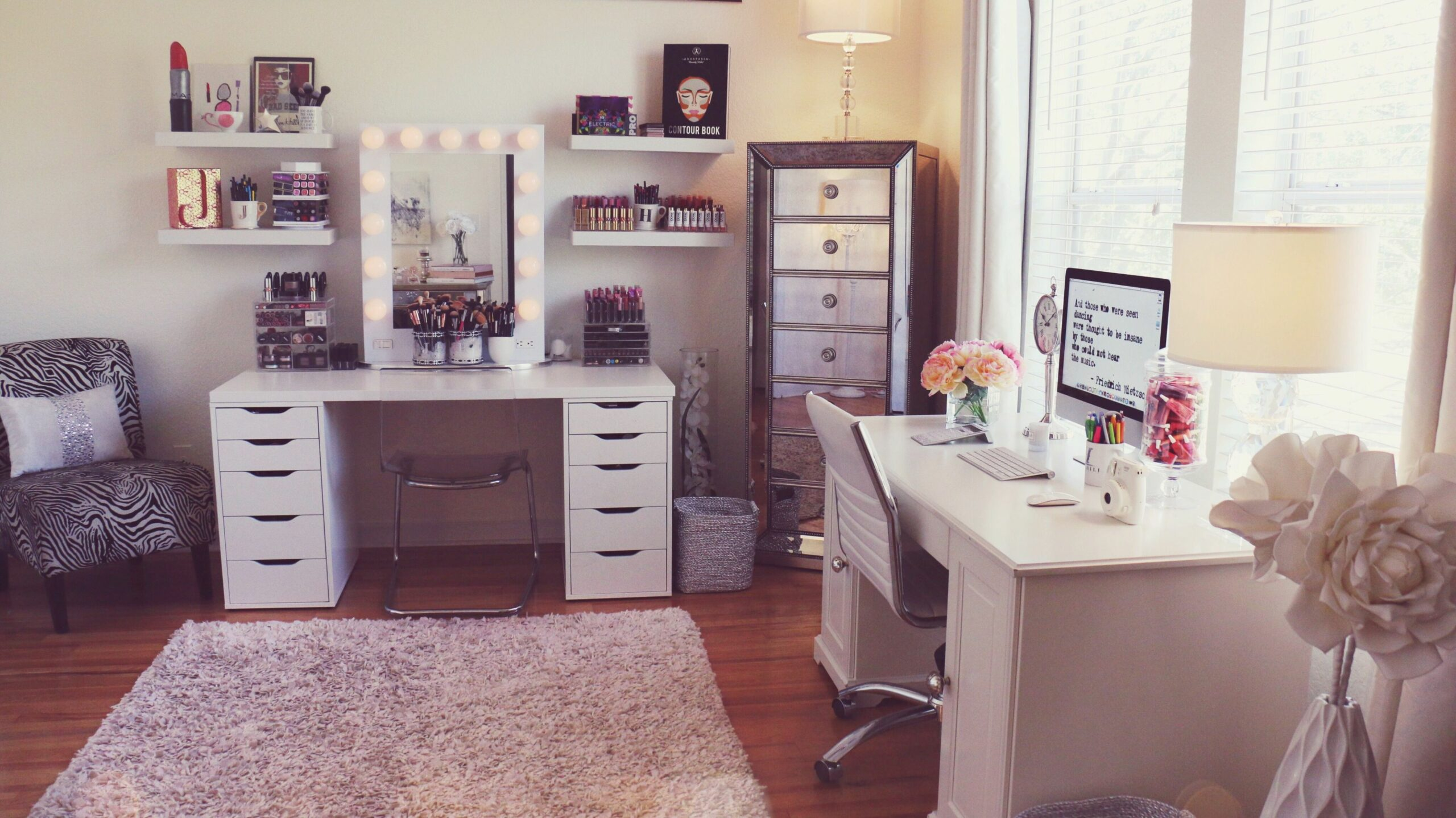 Current Beauty Room Set Up! | Beauty room, Makeup room decor, Room ..