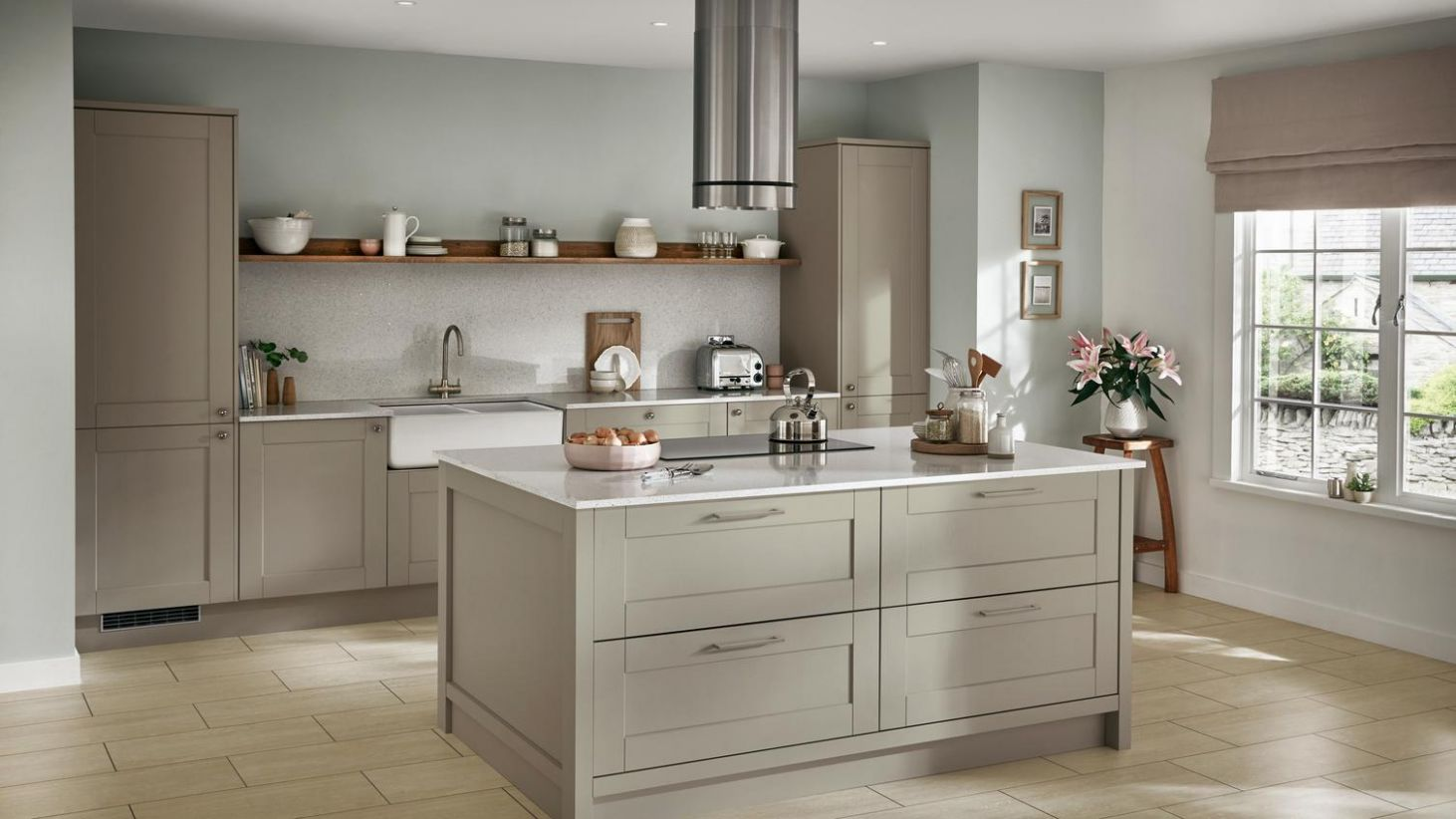 Fairford Sage Green Kitchen | Fitted Kitchens | Howdens