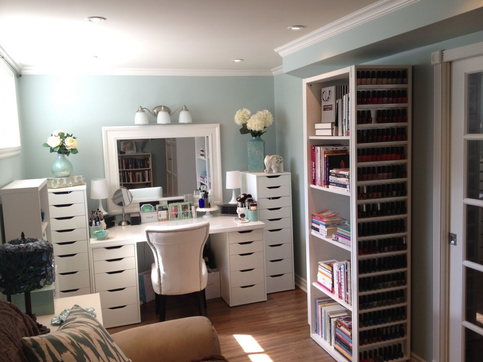 Fanciful Makeup Room Furniture Home Decorating Ideas And ..