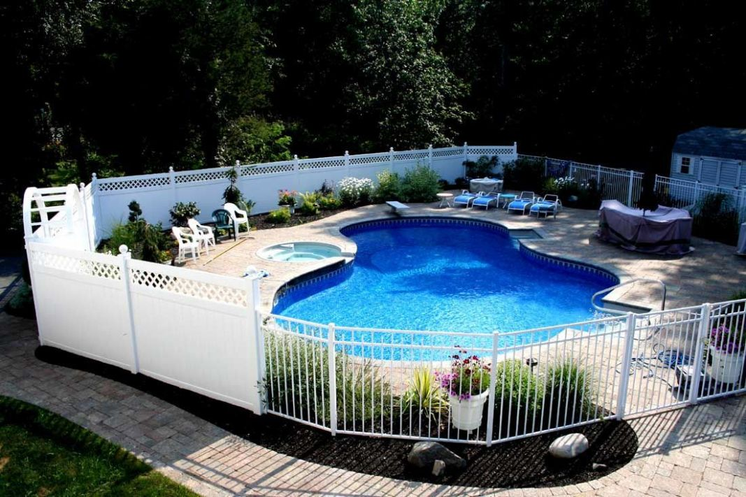 Four of Our Favorite Swimming Pool Landscaping Ideas | Inground ..