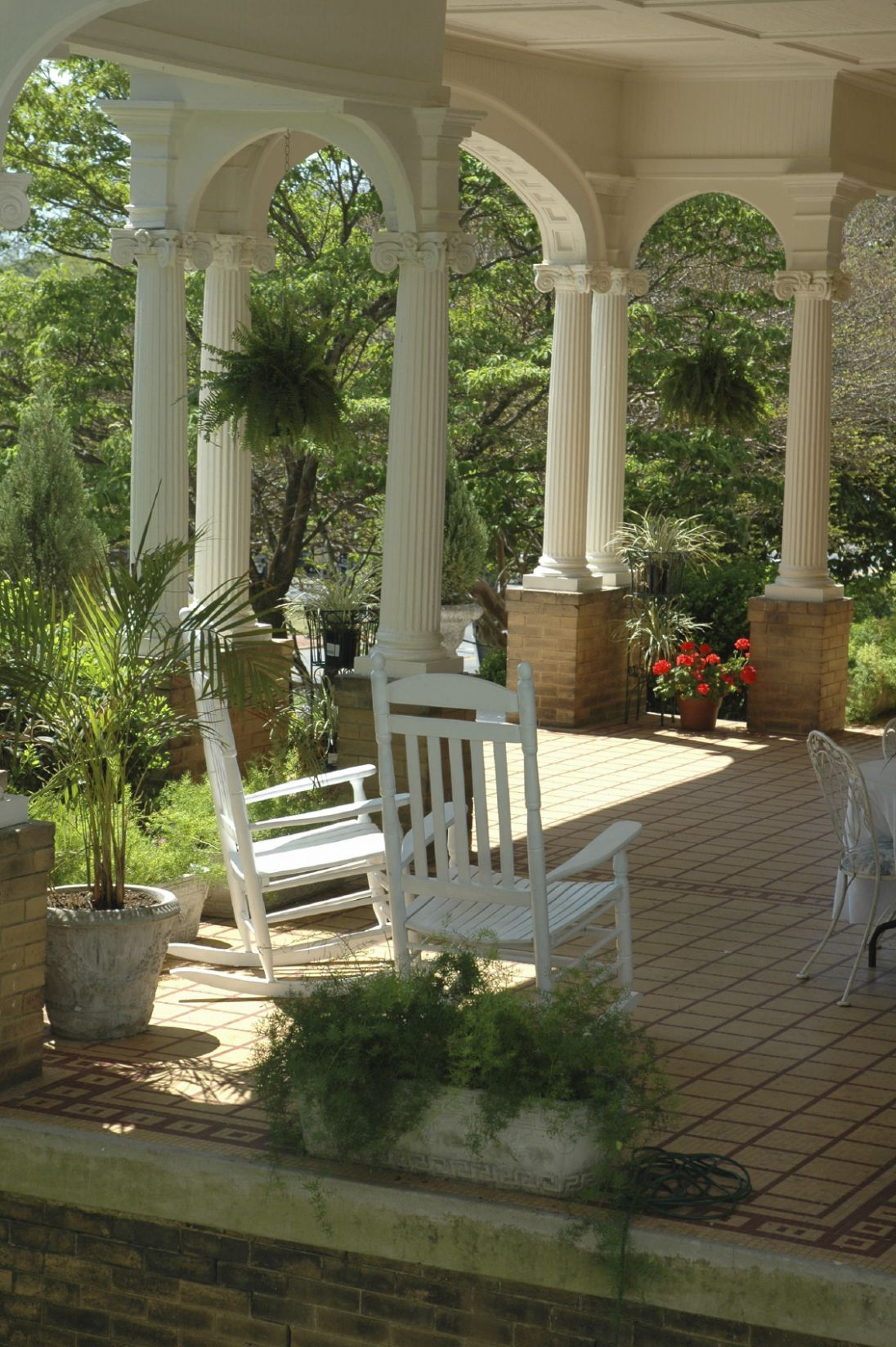 Front Door Porches Designs Colonial Gallery With Porch And Kitchen ...