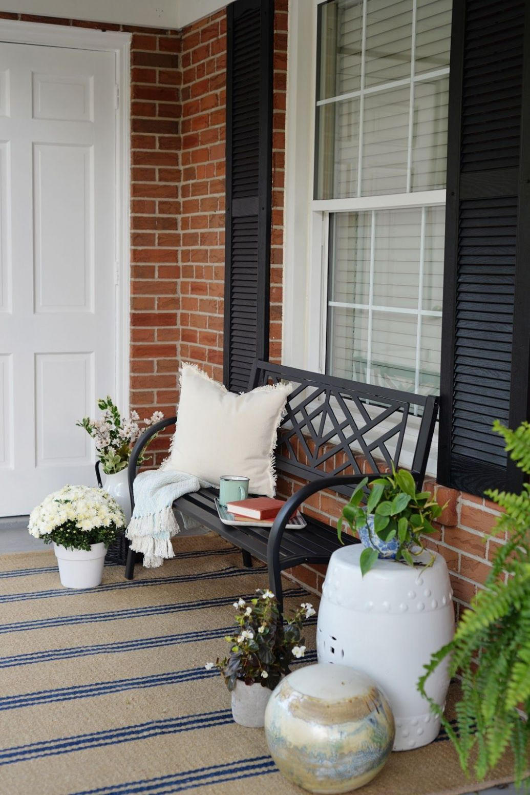 Front Porch Decorating Ideas For The Summer | Porch decorating ..