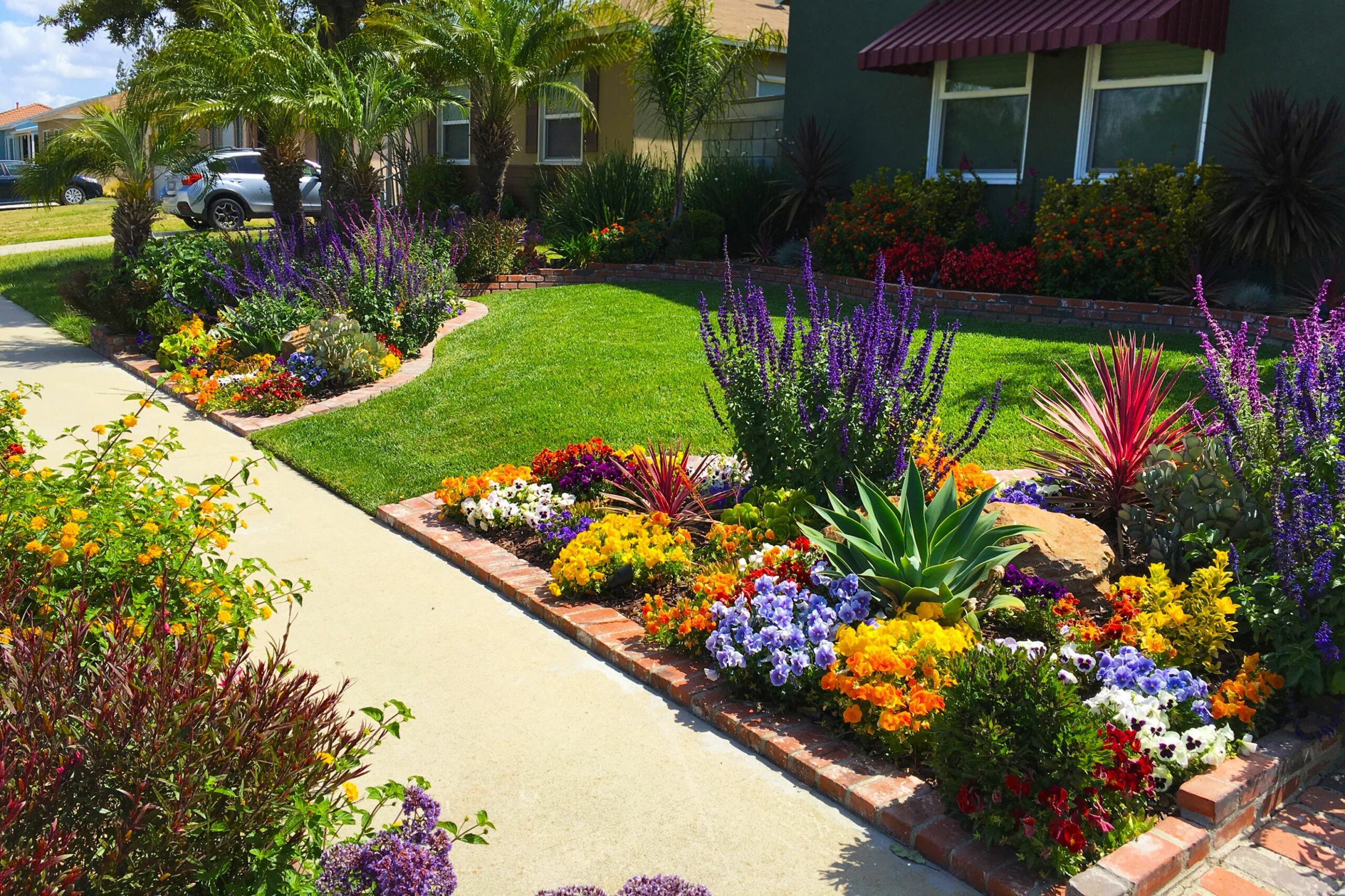 Front Yard Landscaping Ideas for Curb Appeal | HouseLogic - garden ideas zone 4