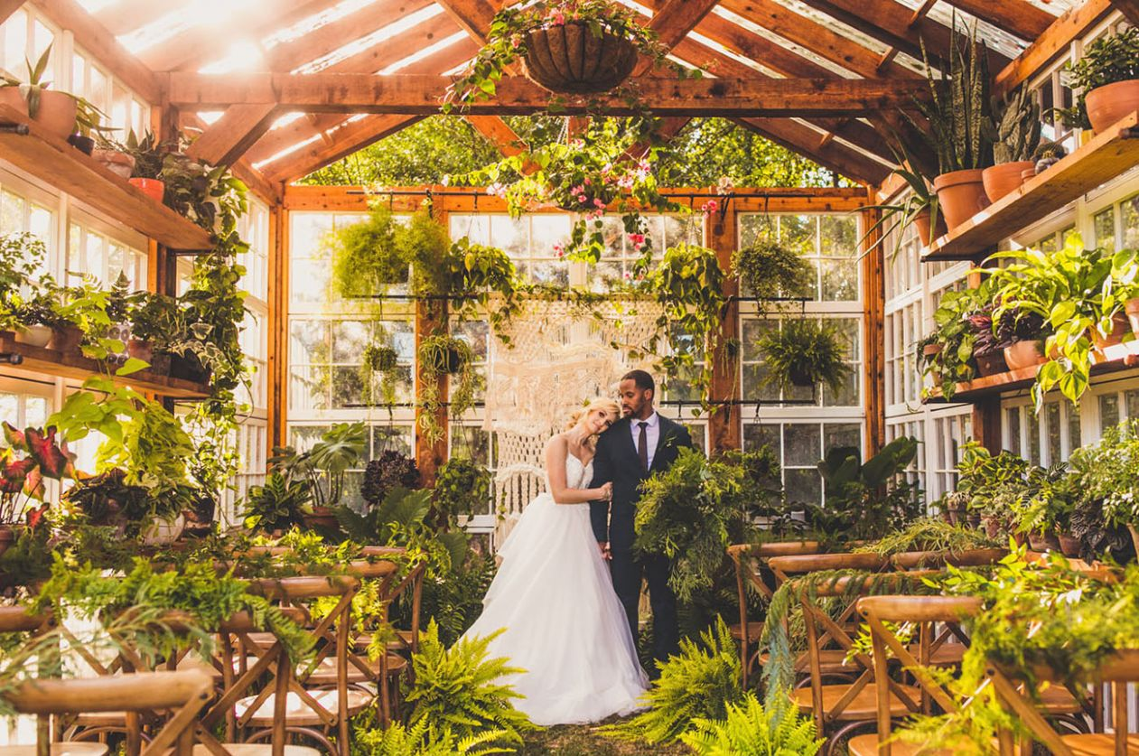 Glamorous + Green: Inspiration to Get Married in a Greenhouse ..