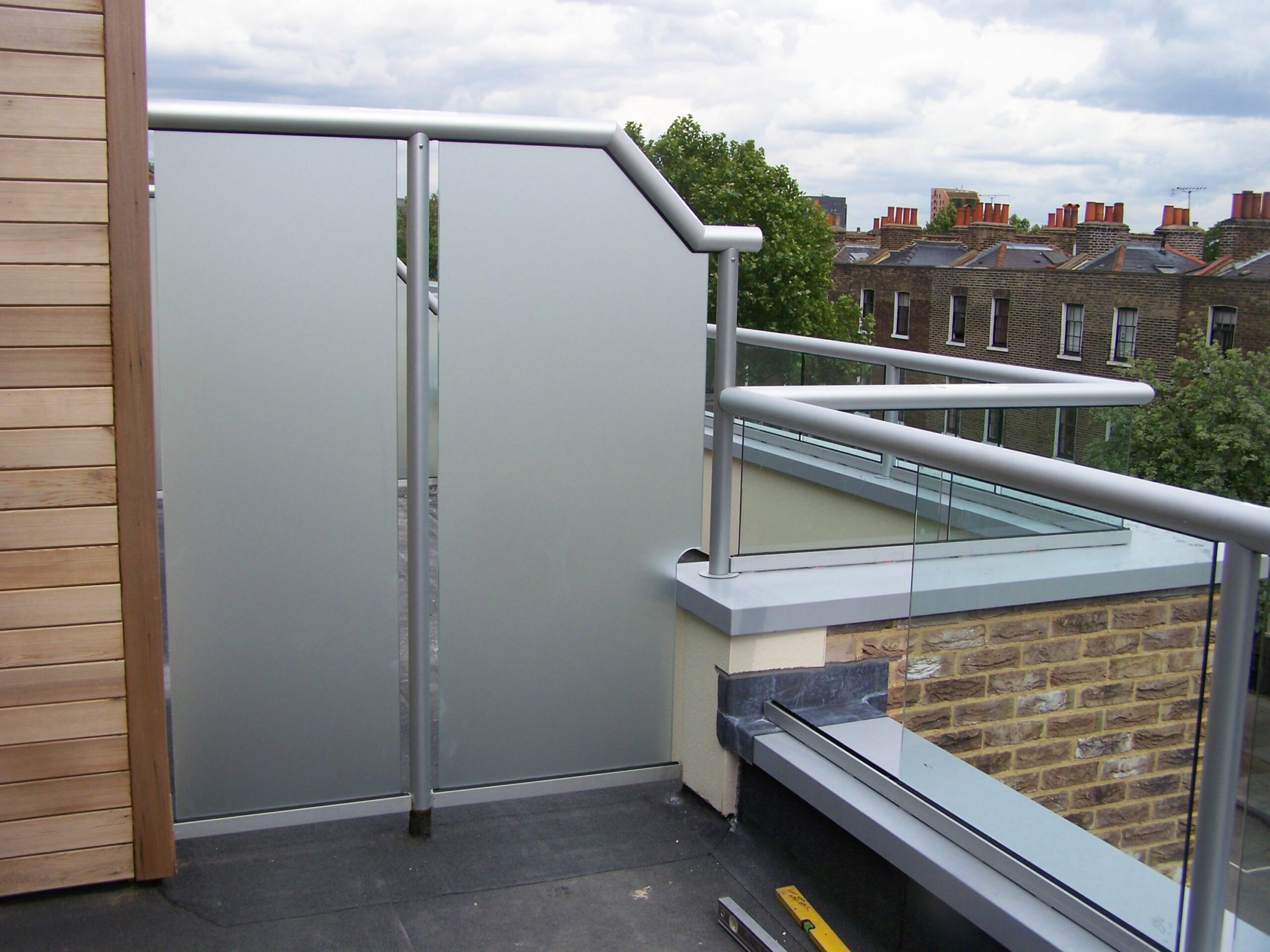 Glass Balcony with Privacy Screen | Outdoor privacy, Privacy ..
