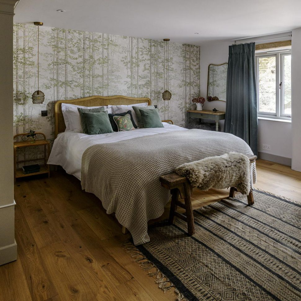 Green bedroom decorating ideas for a mellow space - bedroom ideas uk