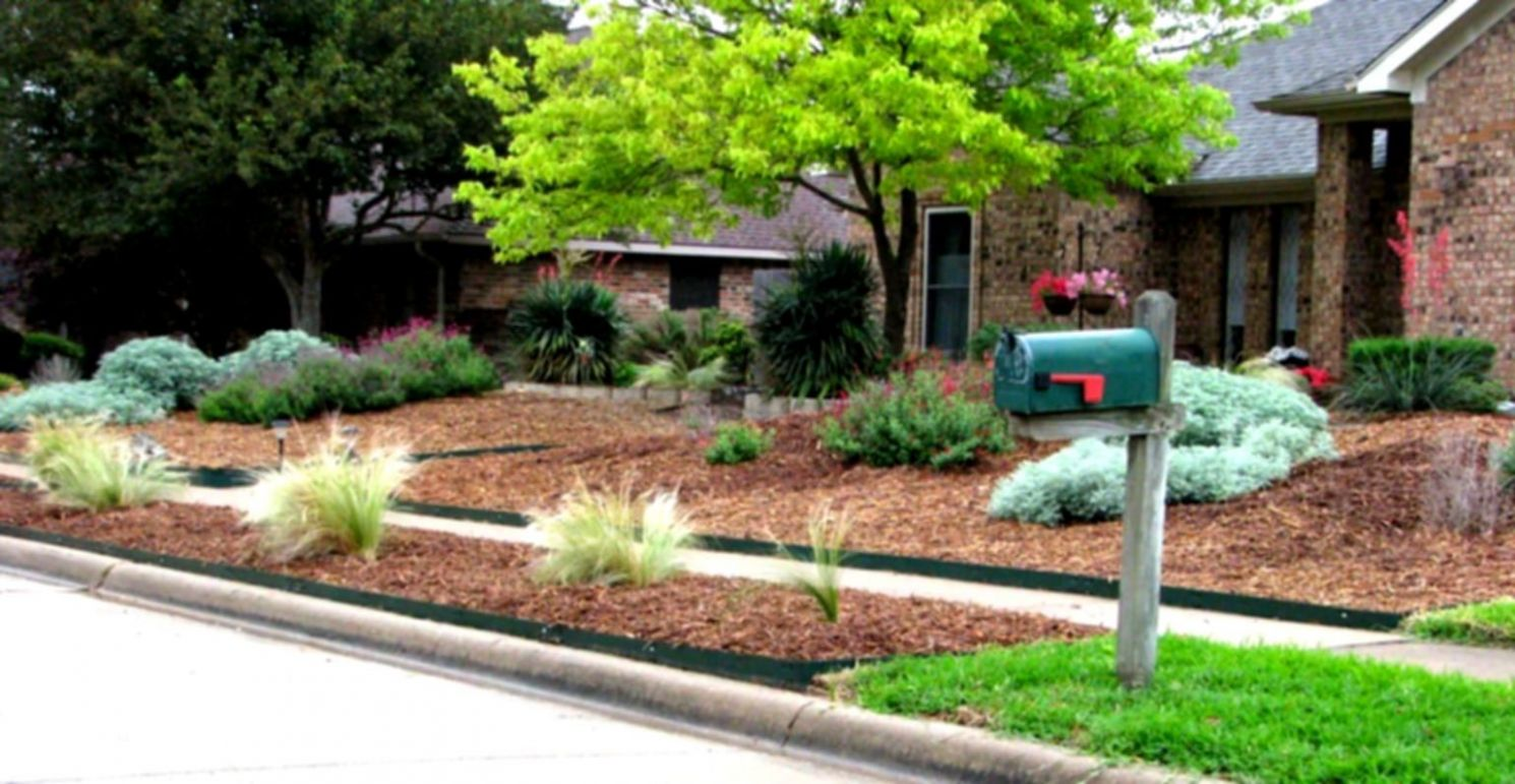 Green Simple Landscaping Ideas Using Mulch For Front Yard | HomeLK ...