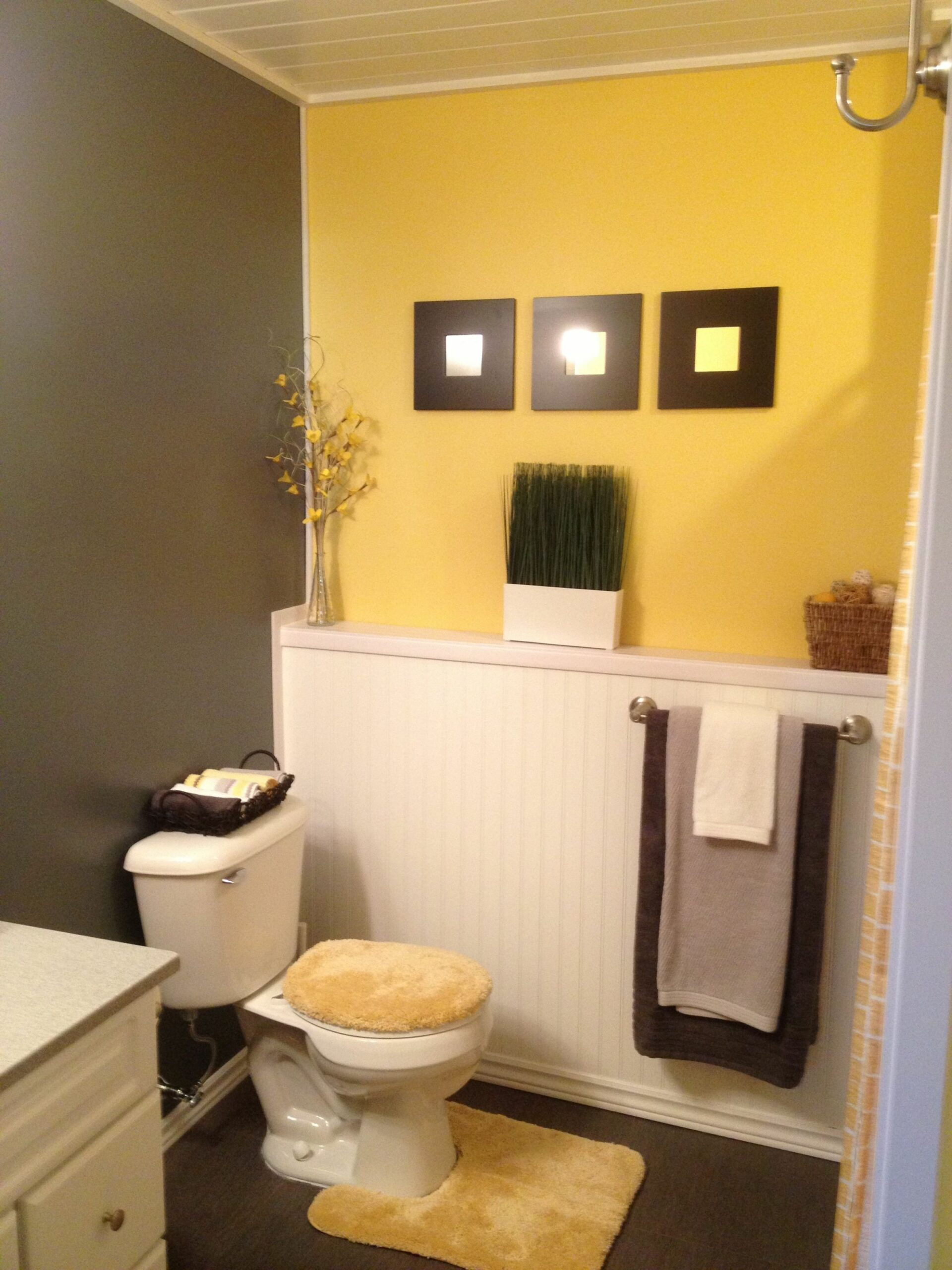 Grey and yellow bathroom ideas | Yellow bathroom decor, Gray ...