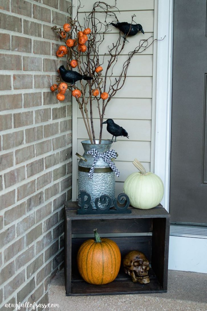 Halloween Front Porch Decor Ideas | Halloween front porch decor ...