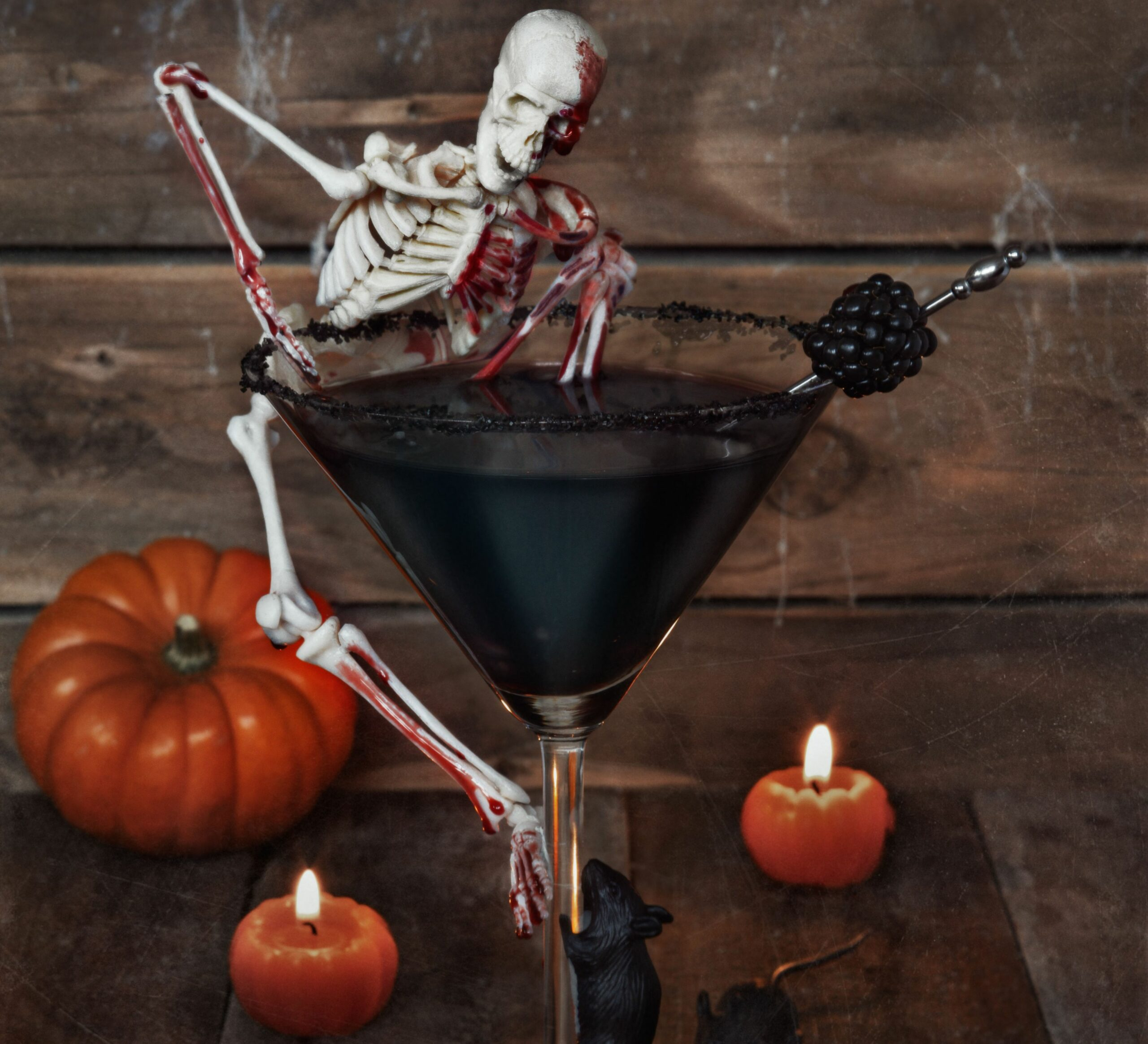 Haunting Halloween cocktail - halloween juice ideas