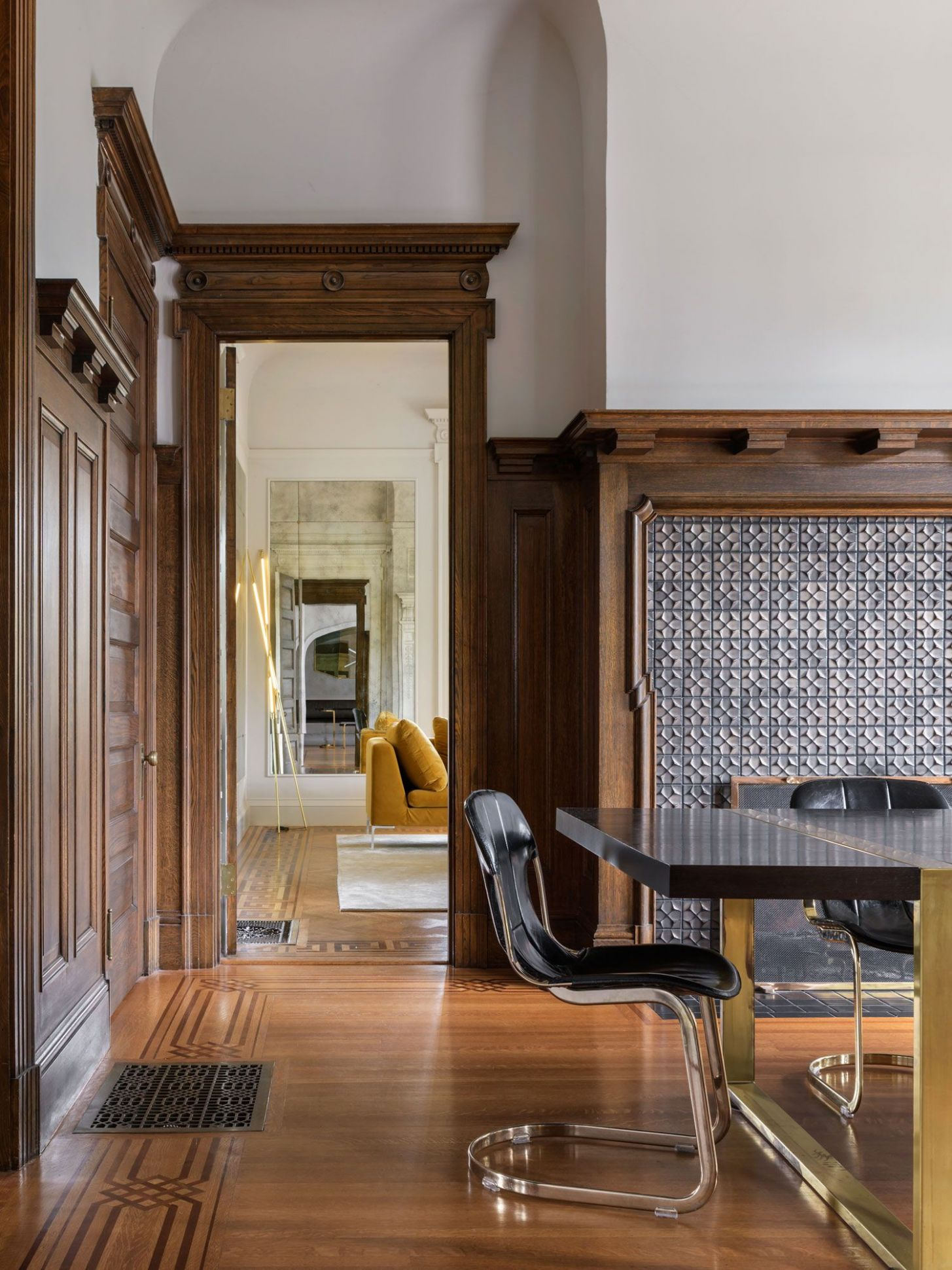 Historic Victorian House in Portland Renovated by Jessica ...