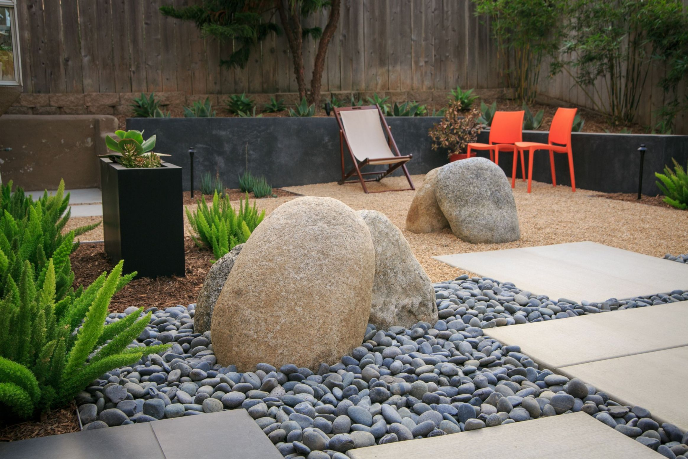 How to Xeriscape Your Yard | Backyard landscaping designs ..