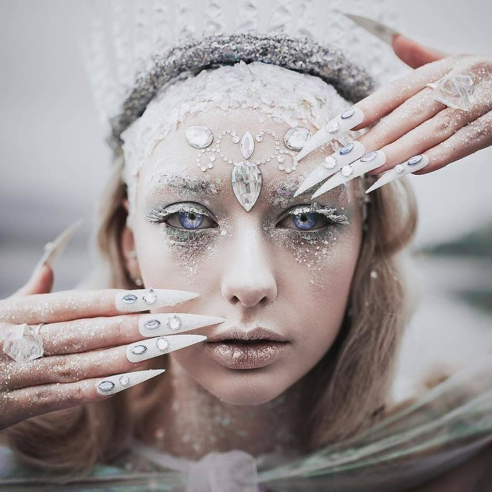 Ice Queen Halloween Makeup Ideas | POPSUGAR Beauty