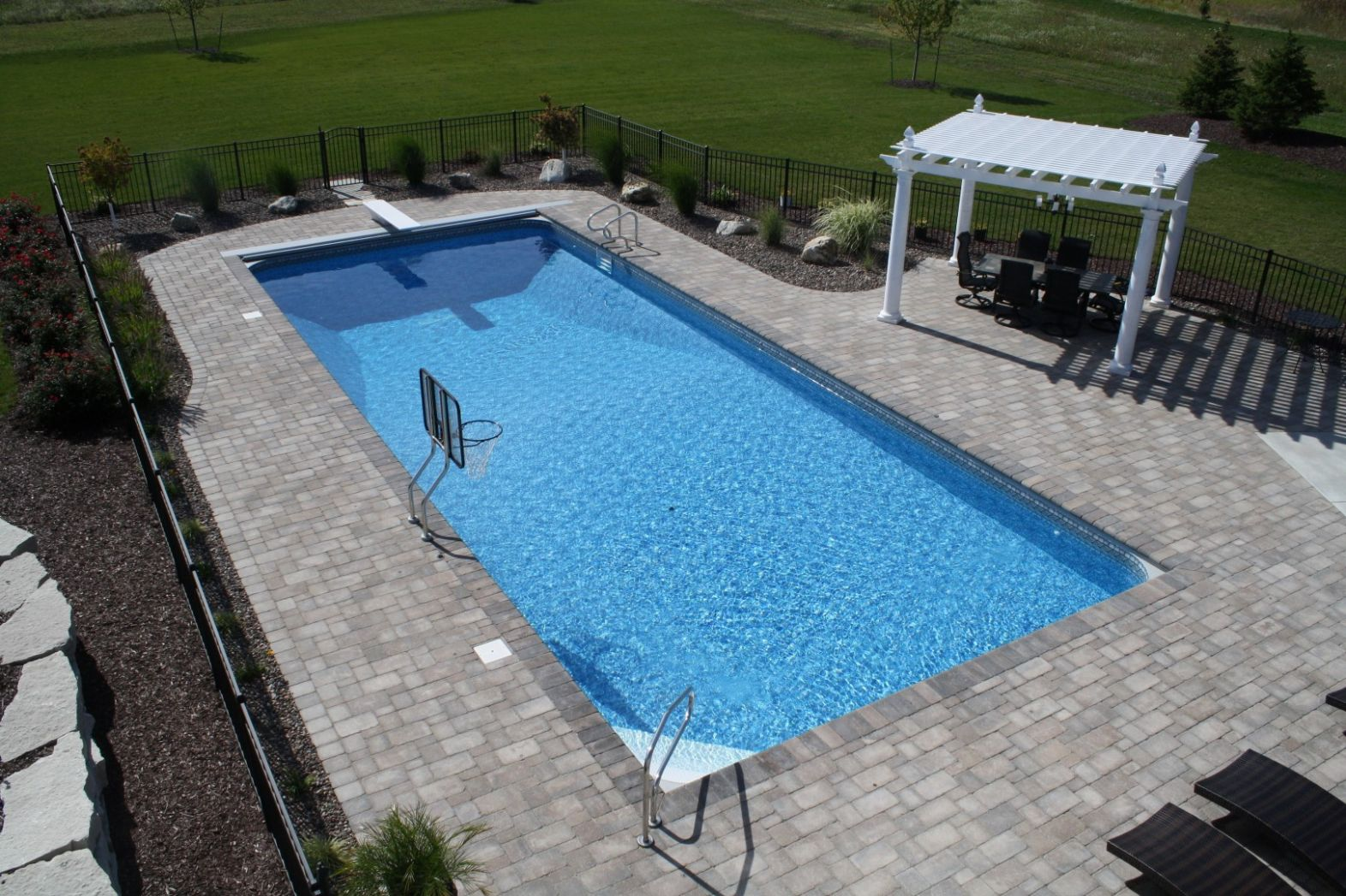 Inground Swimming Pool Builders in Waukesha, WI and Minneapolis ...