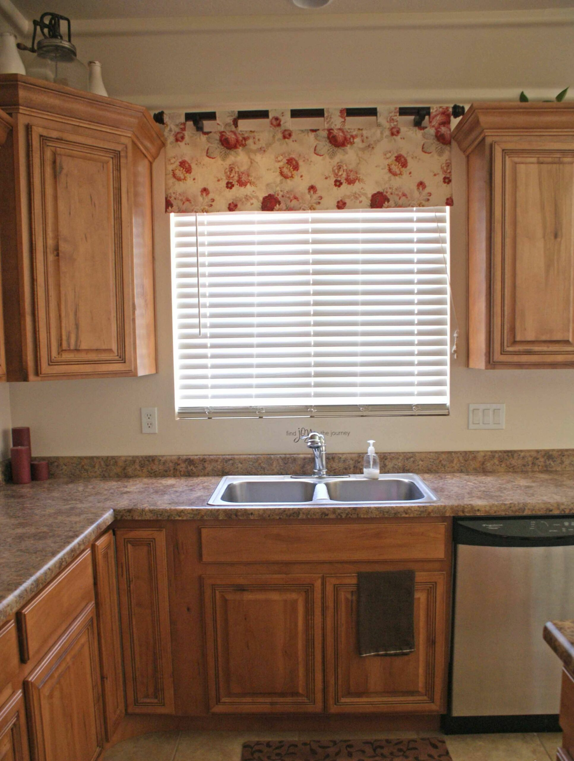 Kitchen : Furniture Contemporary Bay Window Kitchen Curtains ..