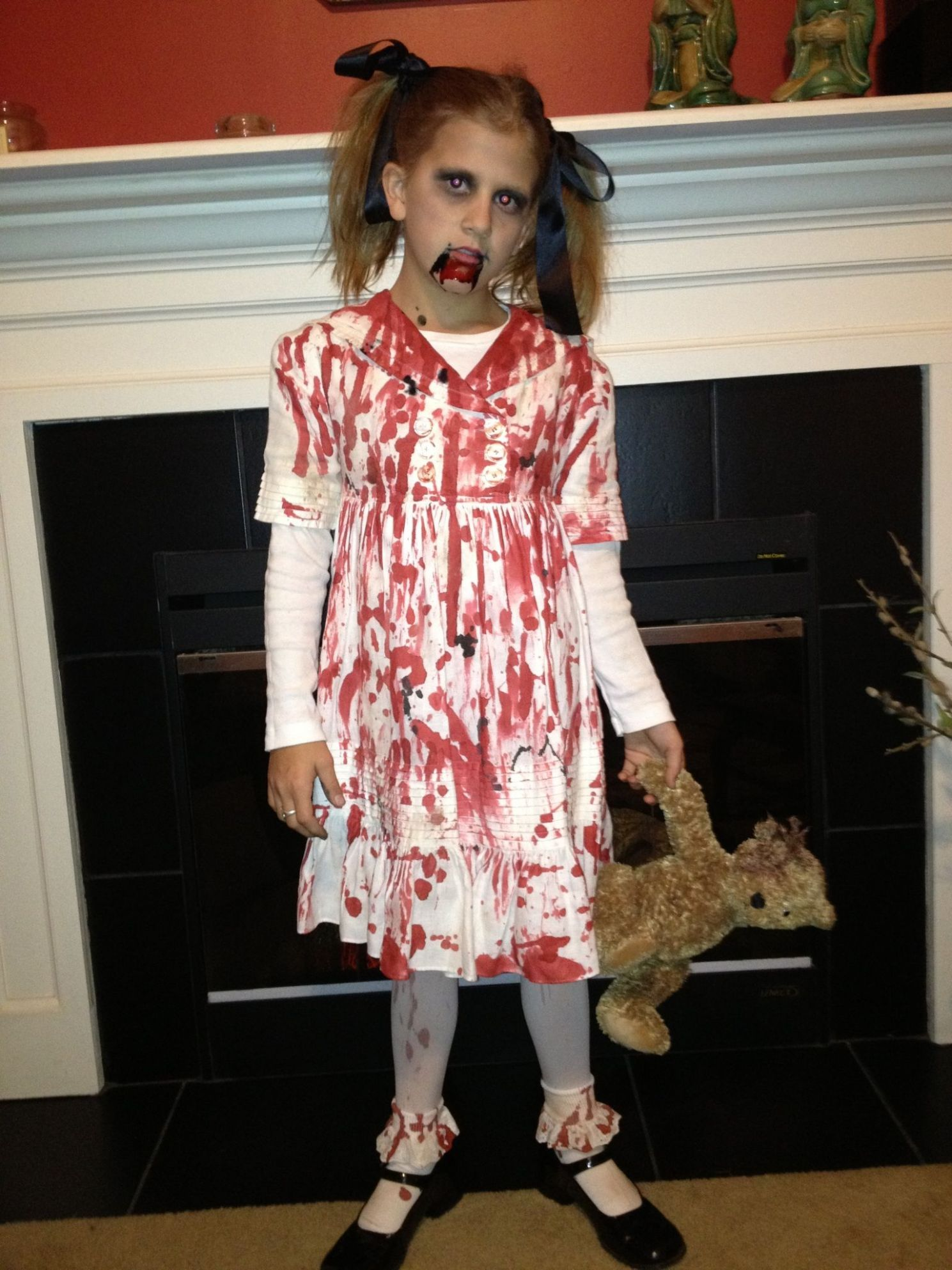 Little girl zombie costume (With images) | Zombie costume, Little ..