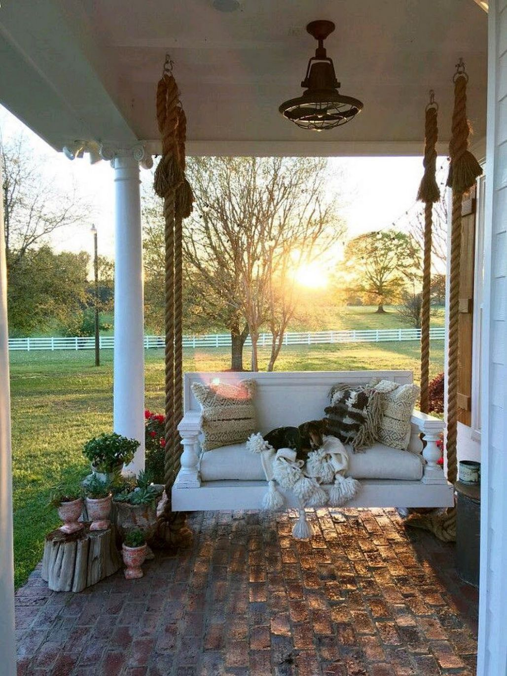 Love a porch swing! (With images) | Farmhouse style decorating ..