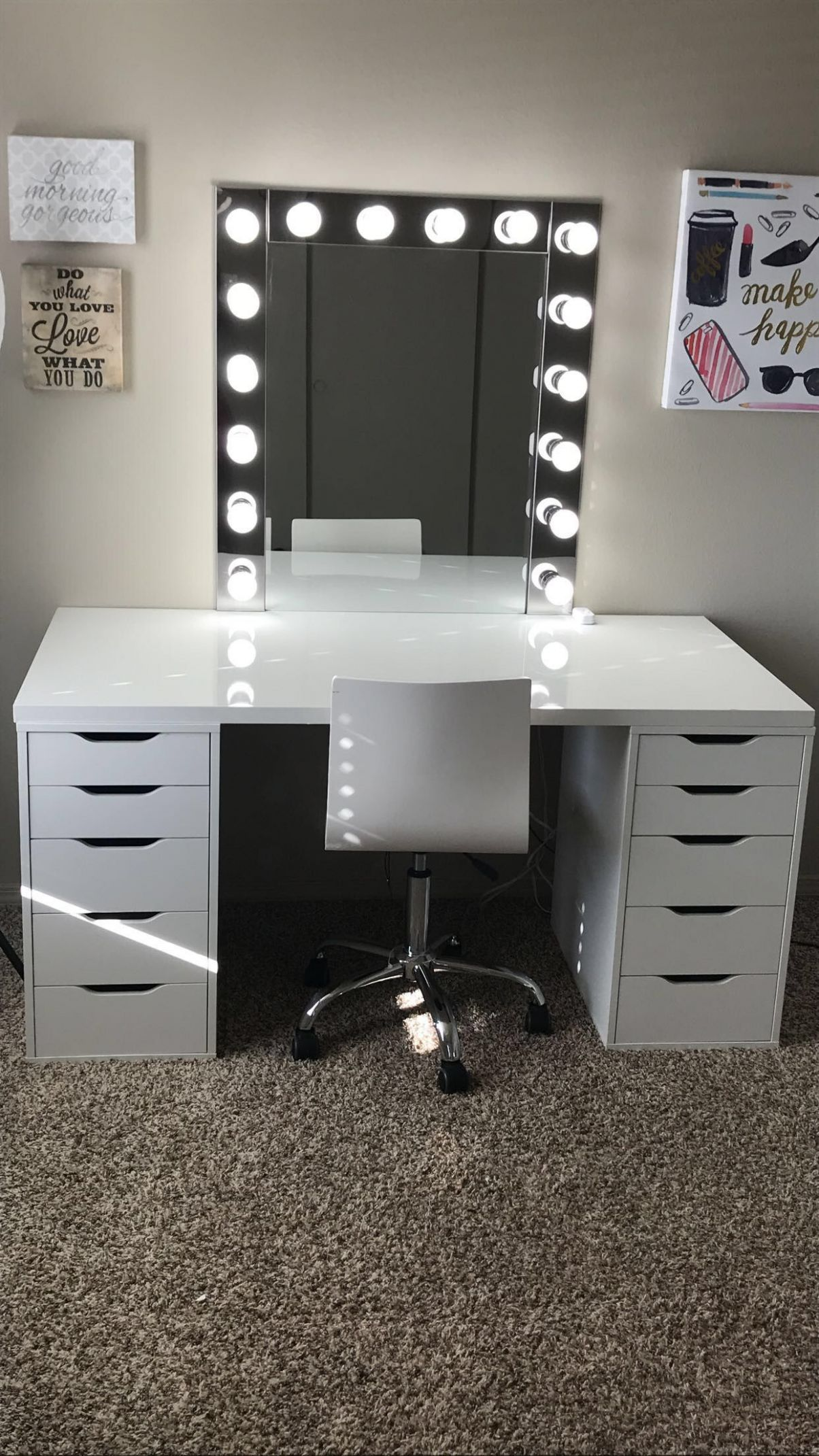 Makeup room inspiration! I love this vanity in my Makeup room ...