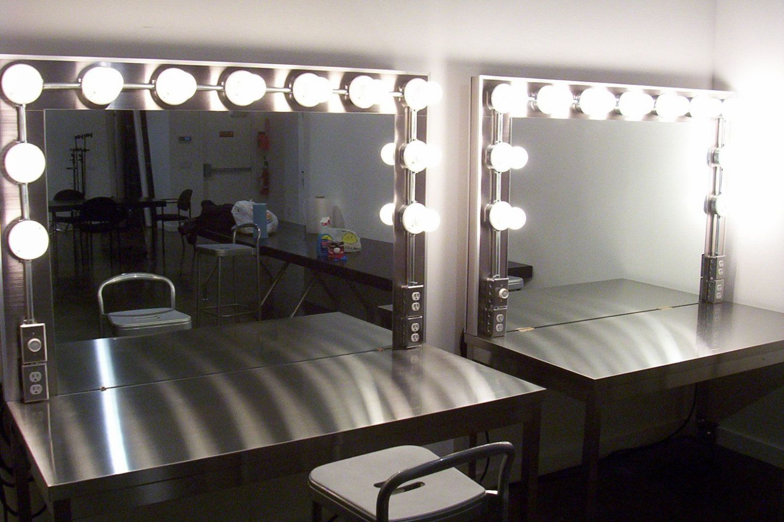 makeup room lights - Hunkie
