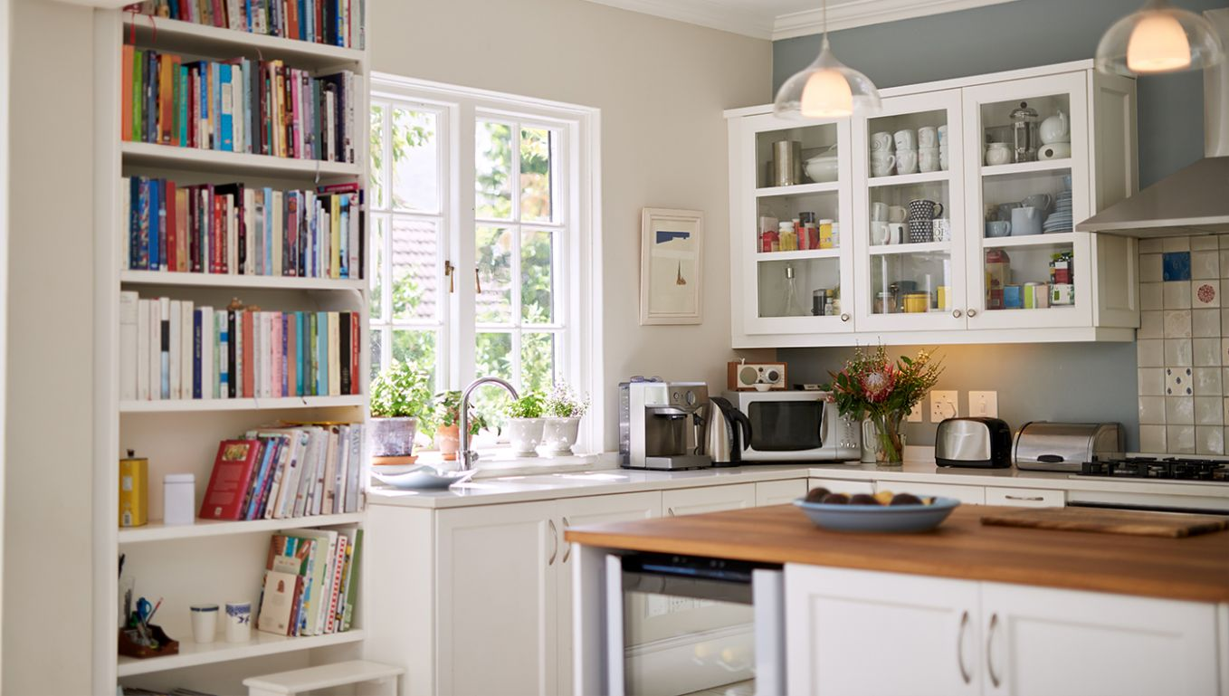 Maximizing Space in a Small Kitchen - zillow kitchen ideas