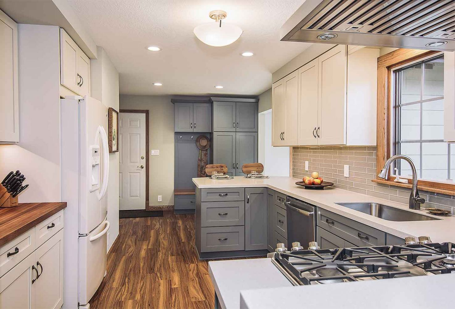 Mid-9s Kitchen Remodel: A Homeowner's Experience - Silent Rivers ...