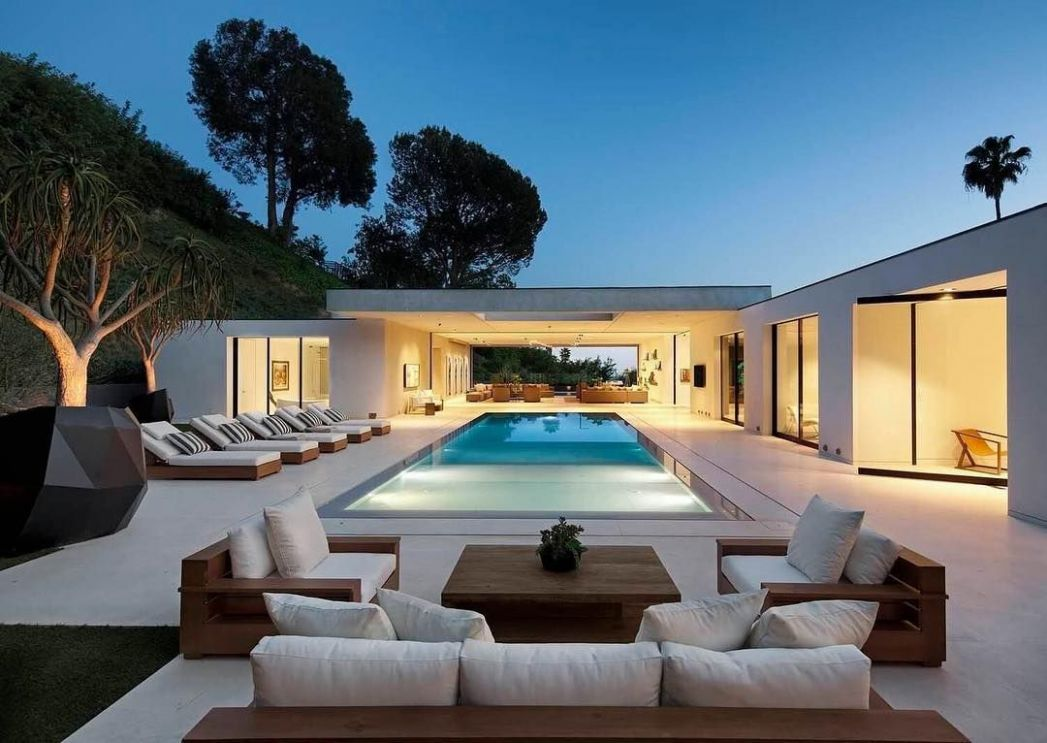 Modern Home by DIJ Group Location   Pool   Modern Home   White ..